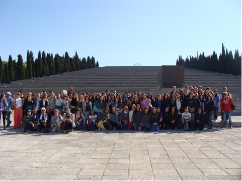 REDIPUGLIA, giovani d'Europa insieme ai piedi del Sacrario