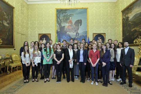 ROMA, Palazzo di Montecitorio, la vicepresidente della Camera dei deputati, Marina Sereni, con i giovani di Trieste, Gorizia, Colonia,Graz e Buie